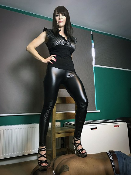 Miss Jessica Wood mistress sessions in Birmingham