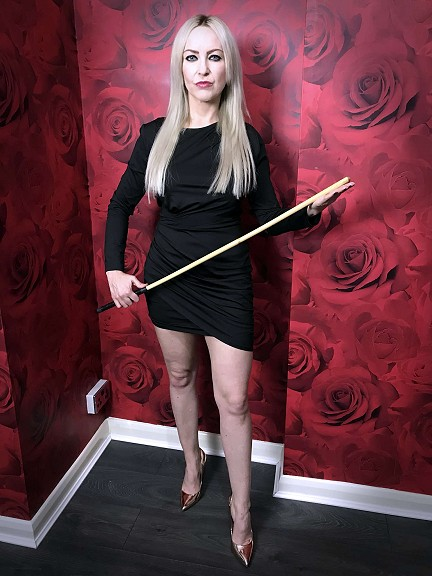 Miss Jessica Wood Dominatrix & double Domme mistress sessions